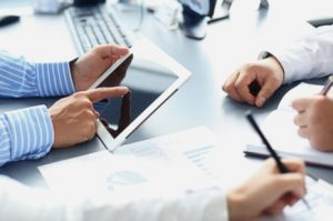 servicios de asesoramiento en Valencia - tablet