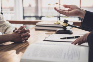 asesorias juridicas en valencia - pluma
