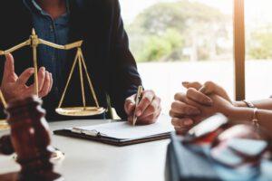 asesoría jurídica en Valencia - asesor