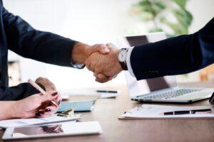 asesoria para empresas en Valencia - manos