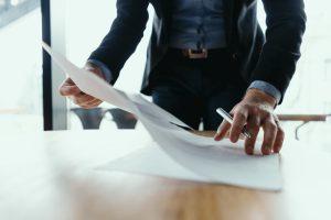 asesoría jurídica en Valencia - firma de contratos